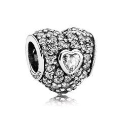 Silber Charm Herz mit Steinen