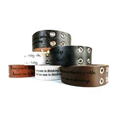 Echtleder Armband mit Zierösen inkl. Lasergravur