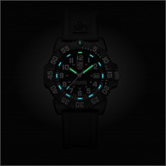 Luminox Navy Seal Colormark White Carbon 7051