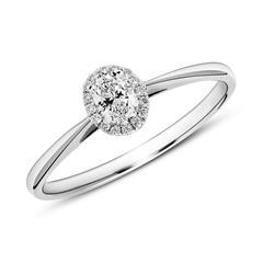 Verlobungsring aus 950er Platin mit Diamanten