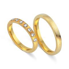 Trauringe 333er Gelbgold 7 Diamanten