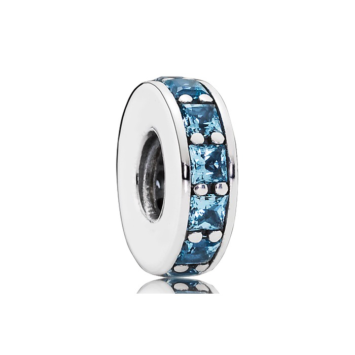 Hellblauer Spacer Kristall Silber