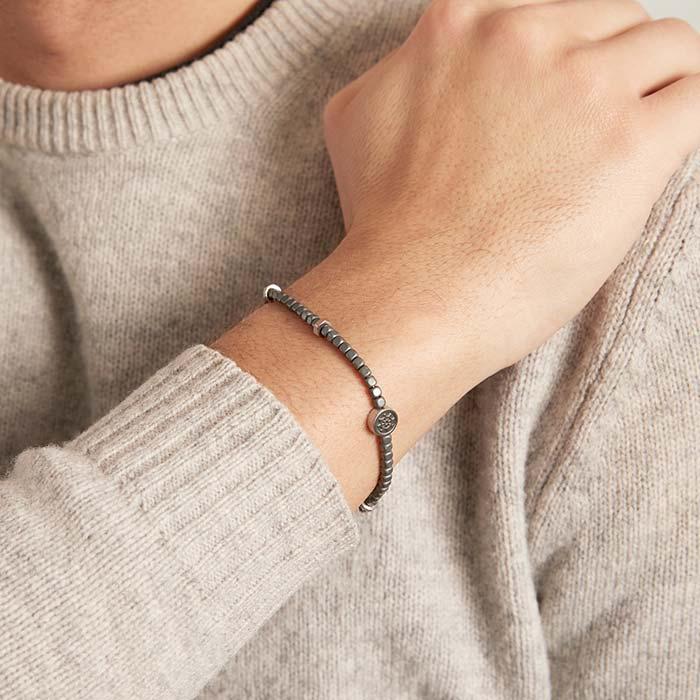 Armband aus Hämatit und Edelstahl