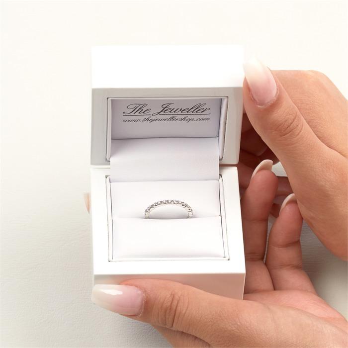 750er Weißgold Ring 15 Diamanten