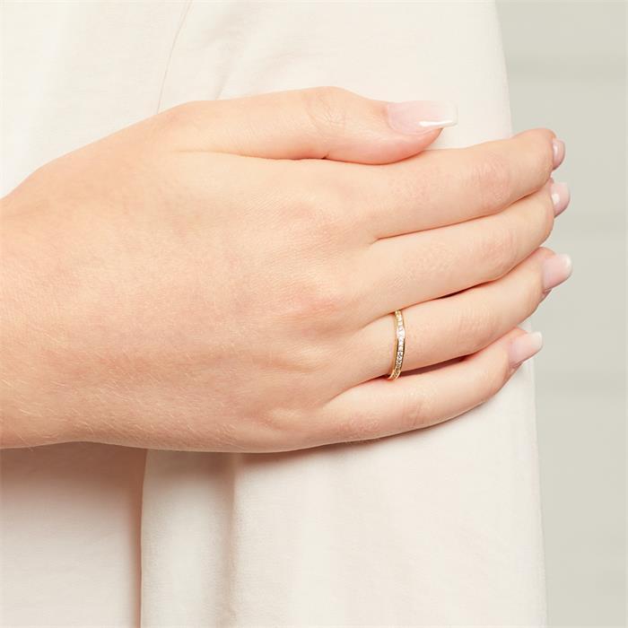 333er Gold Eternity Ring mit Zirkonia