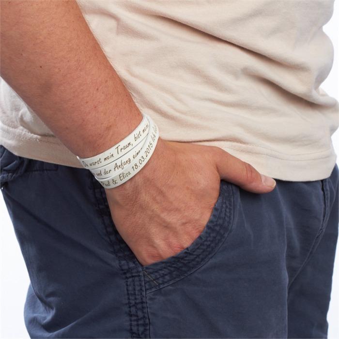 Weißes Echtleder-Armband zum Wickeln gravierbar