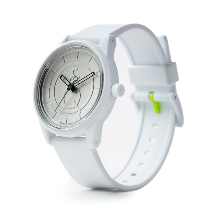 Smile Solar weiße Armbanduhr sportlich