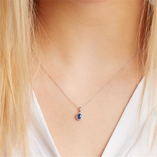 Collier mit Saphir und Diamanten 0,567 ct gesamt