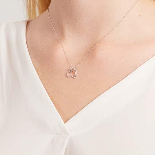 Herzanhänger Weißgold mit 2 Diamanten 0,016 ct.