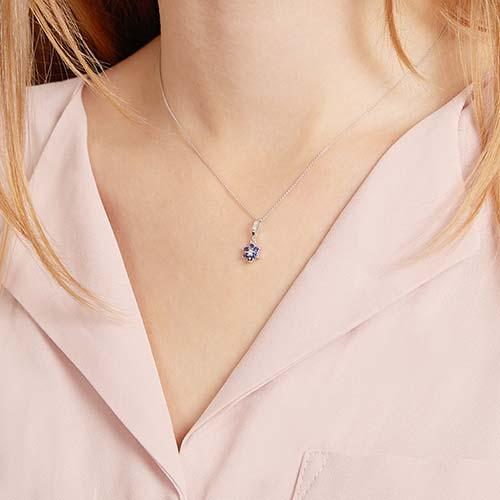 Weißgold-Kette Blume 6 Saphiren 3 Diamanten