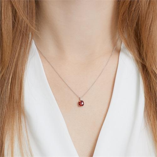 585er Weißgold Kette Granat 3 Diamanten