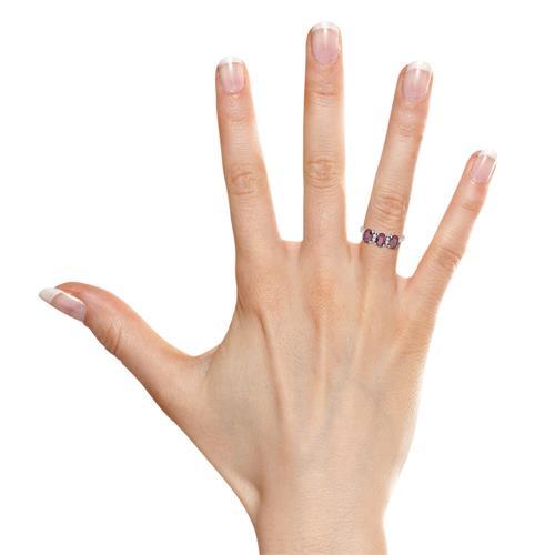 750er Weissgold Ring mit drei echten Rubinen