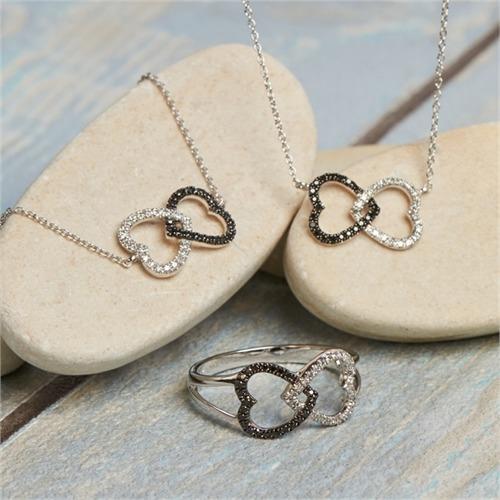 Ring Herzen schwarz-weiße Diamanten 0,095 ct