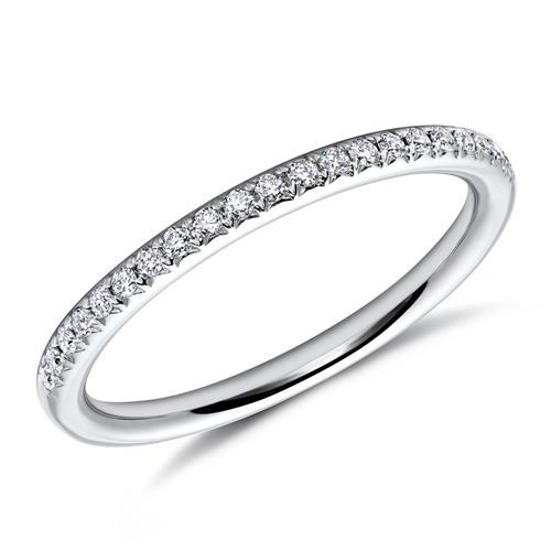 Diamantring weißgold  Filigraner Diamantring aus 750er Weißgold DR0047