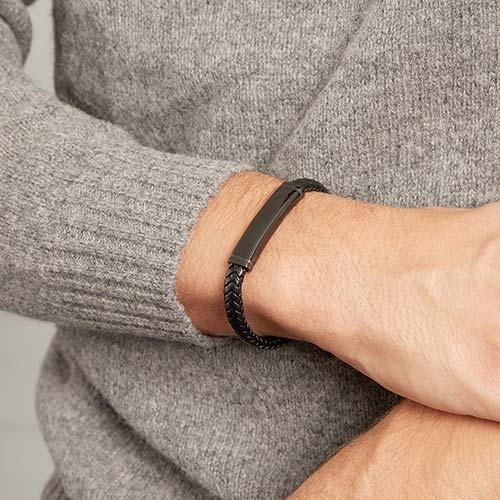 Gravierbares Armband aus schwarzem Leder und Edelstahl
