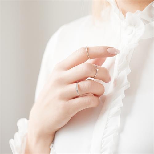 Ring im Stäbchen Design aus Sterlingsilber