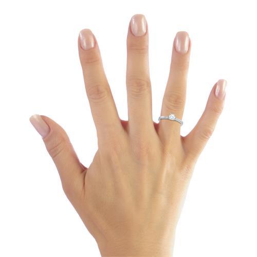 Hochwertiger Verlobungsring 925 Silber Zirkonia