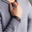 Mehrreihiges Armband aus schwarzem Leder gravierbar