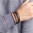 Gravierbares Armband aus schwarzem Leder mehrreihig